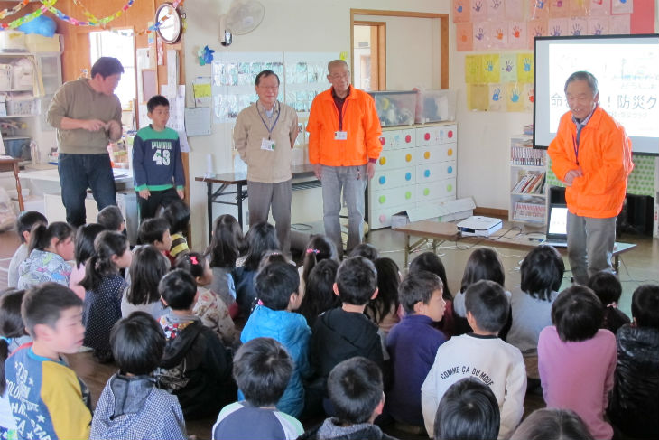 かめやま防災ネットワークの会員4名が講師を務めた